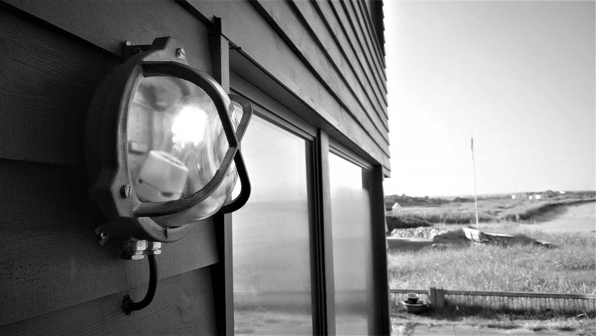 Elektrikerarbeid for privatmarked