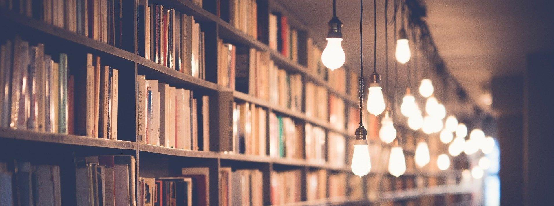 books-2596809_1920 – Kopi